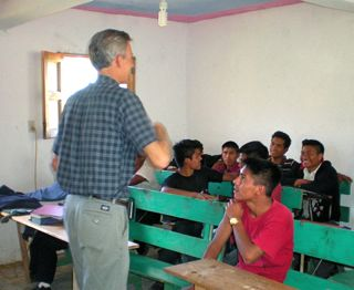 Central_American_Bible_School_students_learn_STS